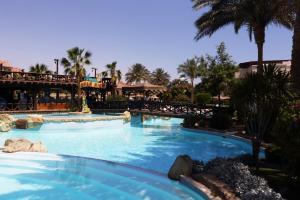 Бассейн в Rehana Sharm Resort - Aquapark & Spa - Couples and Family Only или поблизости