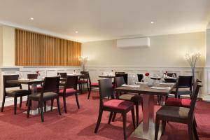 A restaurant or other place to eat at Ramada Chorley South