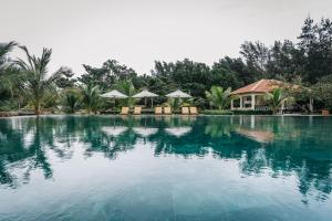 The swimming pool at or near Poulo Condor Boutique Resort & Spa
