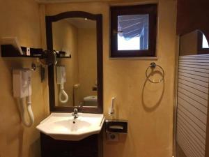 Ένα μπάνιο στο Rocabella Hellinikon Country Hotel