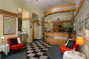 The lobby or reception area at Hotel Scaletta