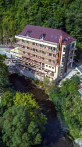 A bird's-eye view of Hotel Holiday Maria
