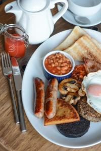 Breakfast options available to guests at Burntisland Sands Hotel