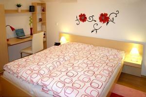 Postel nebo postele na pokoji v ubytování Apartmína