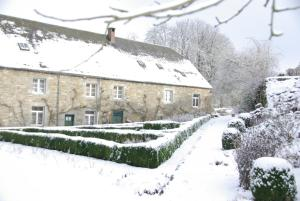 B&B Le Moulin de Resteigne during the winter