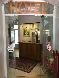 The lobby or reception area at Hotel De Clagny