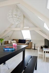 A seating area at Bed en Brood - Veere