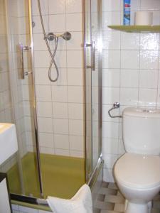 Ein Badezimmer in der Unterkunft Appartementhaus Schwarzwaldblick