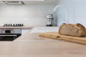 A kitchen or kitchenette at Apartment Perla