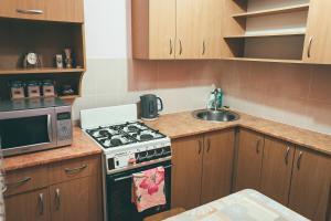 Кухня или мини-кухня в Prime Home 2