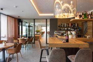 Lounge oder Bar in der Unterkunft The Lodge - Golfclub Eppan