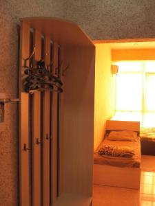 A bed or beds in a room at Apartment on Shembelidi 22