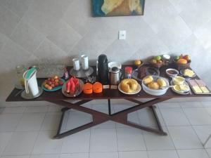 Breakfast options available to guests at Arte Hotel