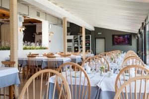 Εστιατόριο ή άλλο μέρος για φαγητό στο Ξενοδοχείο Κύματα
