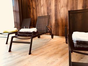 Ein Sitzbereich in der Unterkunft Hotel Sachsenross