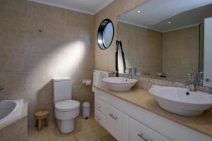 A bathroom at ROCKPOOL (4 night min)