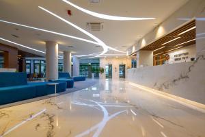 The lobby or reception area at Hotel Park Makarska