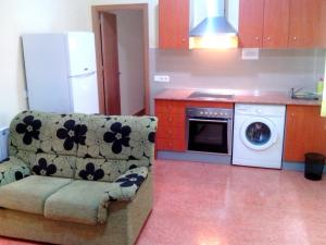 A kitchen or kitchenette at Hotel RC Ramon y Cajal