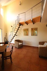 A seating area at Easylife Aruba