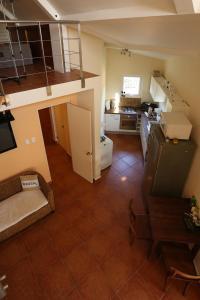 A kitchen or kitchenette at Easylife Aruba