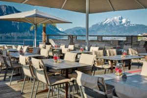 A restaurant or other place to eat at Hotel Alpenblick