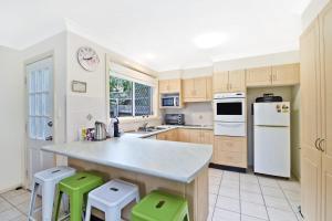 A kitchen or kitchenette at 3/54 Owen Street, Port Macquarie