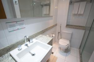A bathroom at Catussaba Business Hotel