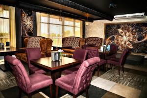 Гостиная зона в Hotel Cafe Premier Krymsk
