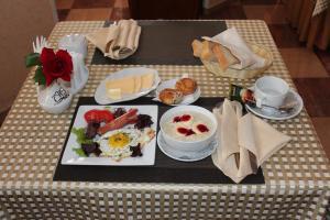 Завтрак для гостей Гостиница АльГрадо