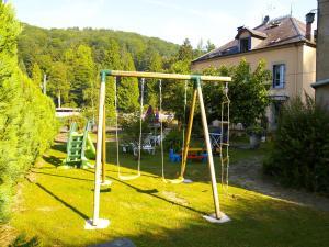 Aire de jeux pour enfants de l'établissement Aux Studios du Parc