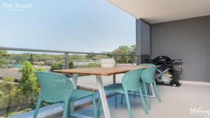 A balcony or terrace at The Shoal Apartments, Unit 202/4-8 Bullecourt Street