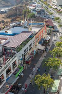 Uma vista aérea de Hotel Avenida Praia
