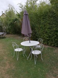 A garden outside La Longère d'Auberville