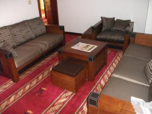 Mbayaville Hotelにあるシーティングエリア