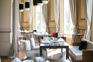 Um restaurante ou outro lugar para comer em Sofitel Montevideo Casino Carrasco & Spa