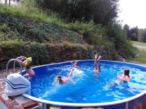 Bazén v ubytování Penzion Filoun nebo v jeho okolí