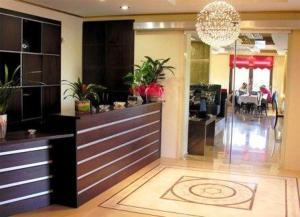 Ο χώρος του λόμπι ή της ρεσεψιόν στο Ξενοδοχείο Φαράγγι