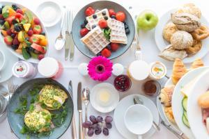 Frühstücksoptionen für Gäste der Unterkunft Grand Hyatt Berlin