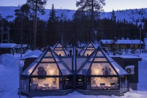 Santa's Hotel Aurora & Igloos under vintern