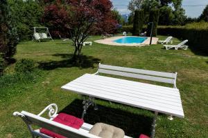Der Swimmingpool an oder in der Nähe von Gästehaus Lanthaler