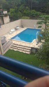 Vista de la piscina de Estalagem do Carmo o alrededores