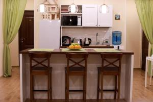 A kitchen or kitchenette at Guest House Aist