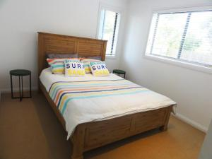 A bed or beds in a room at BLISS - CLOSE TO TOWN