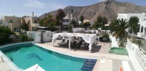 A view of the pool at Drossos Hotel or nearby