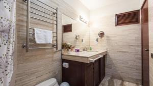 A bathroom at Apartamento Edificio Pardo Cinco