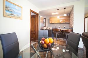 Una cocina o zona de cocina en Apartment on Bautista Lafora 2