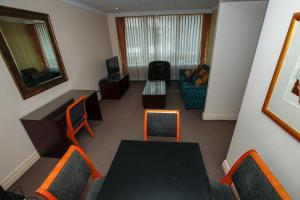 A seating area at Bond 314