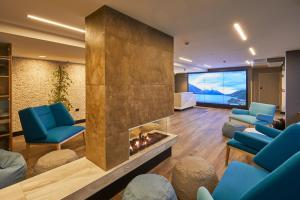 A seating area at Mi-pad Smart Hotel