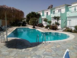 The swimming pool at or near Seashell Apartments