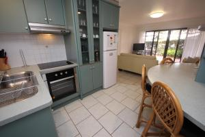 A kitchen or kitchenette at Northpoint Unit No 1 at South West Rocks